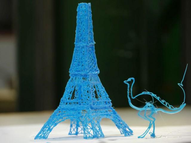 Pierwszy pisak drukujący w 3D-2