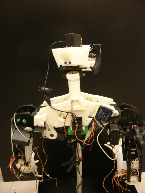 InMoov - niesamowity robot-11