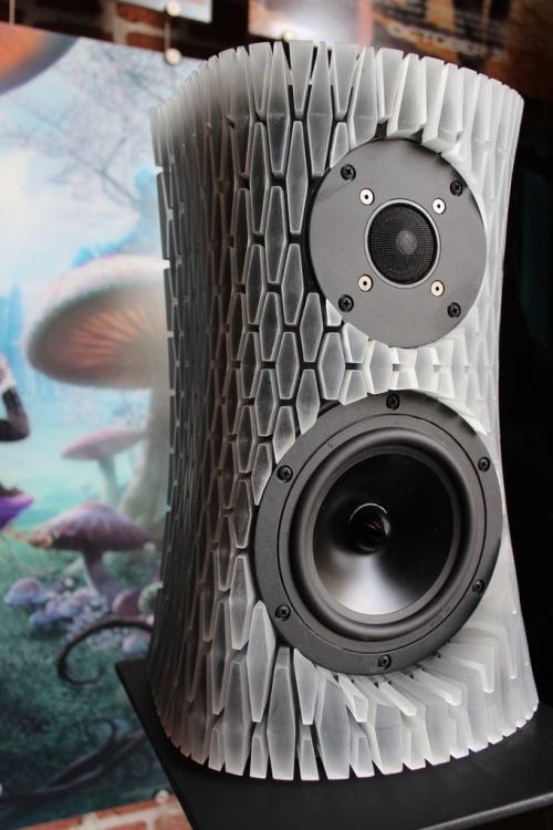 Zrób to sam - święcące głośniki reagujące na dźwięk-7