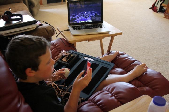 Budowa kontrolerów gier dla niepełnosprawnych