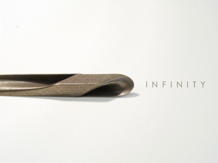 Seria designerskich rzeczy drukowanych 3D inspirowanych Mobius Strip