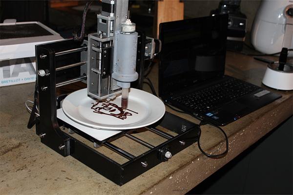 Drukarka 3D drukująca z czekolady dostępna w sprzedaży4