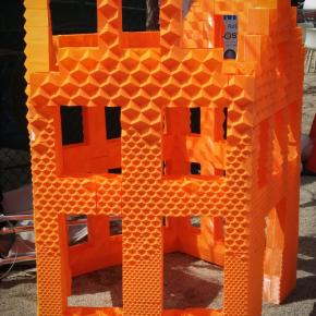 3D Hubs i DUS Architects tworzą miniaturę domu nad kanałem