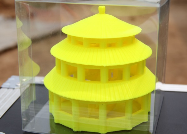 Drukarka 3D tworząca domy o masie 120 ton