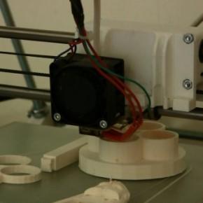 GeckoTek - innowacyjny stół do drukarek 3D