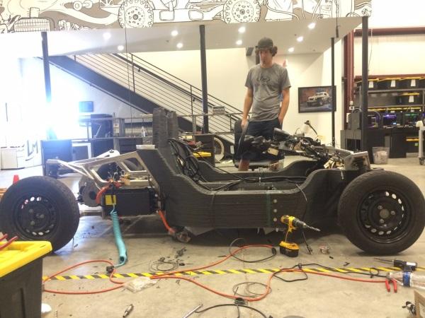 Jazda próbna wydrukowanym samochodem Local Motors-3