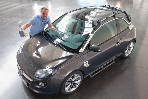 Opel korzysta z 40 wydrukowanych narzędzi montażowych przy produkcji ADAM ROCKS-2