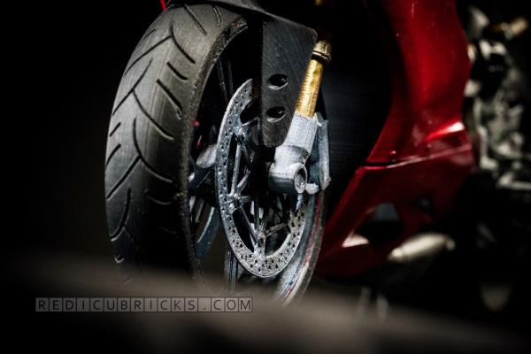 Bardzo szczegółowy, wydrukowany model Ducati 119919
