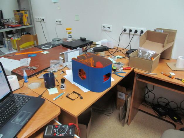 Inżynier z Rosji stworzył drukarkę SLA z napędów DVD-2
