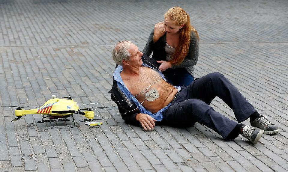 Dron ratujący życie już niedługo będzie latał w Holandii-1
