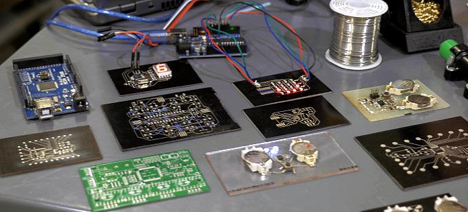 Voltera V-One – drukarka do tworzenia prototypowych obwodów elektrycznych