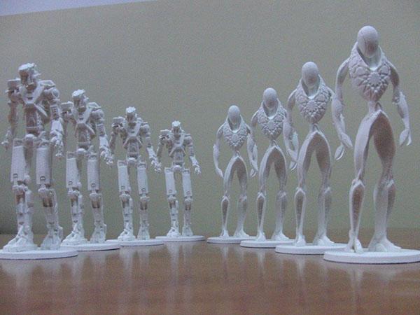 Kolekcjonerskie figurki Transformers - aukcja charytatywna