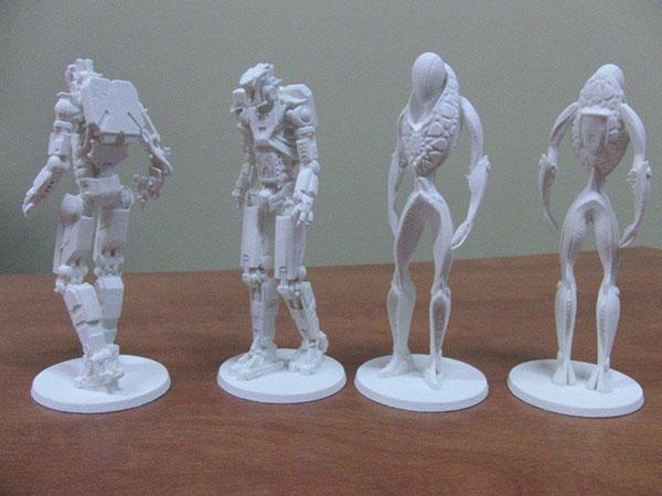 Kolekcjonerskie drukowane 3D figurki Transformers – aukcja charytatywna