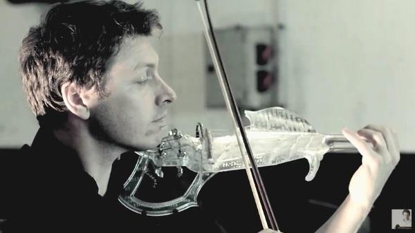 Wydrukowane 3D elektryczne skrzypce o fantastycznym brzmieniu8