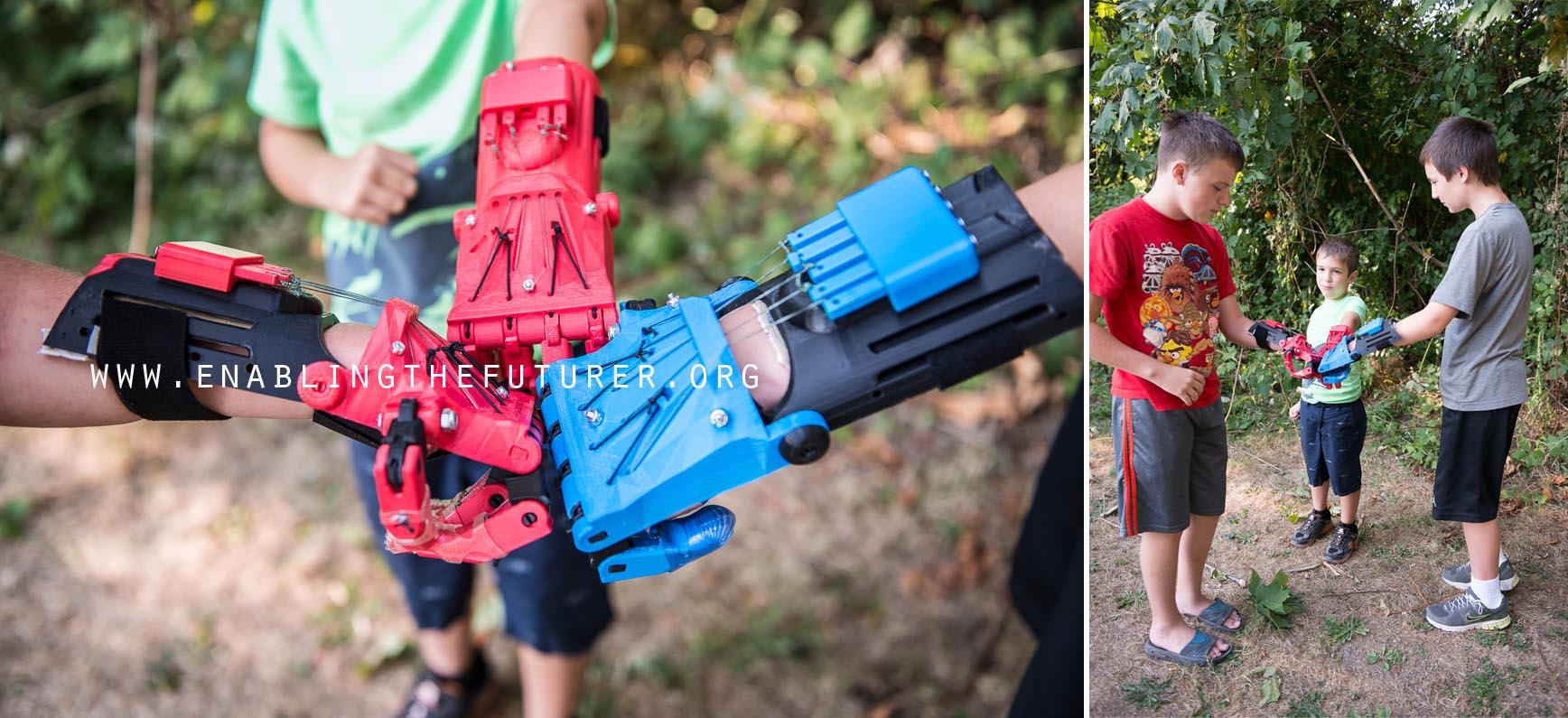 Studenci z Politechniki Warszawskiej wydrukują w 3D protezy rąk dla dzieci_2